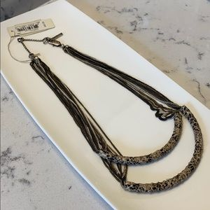 ✨NWT Kenneth Cole Genuine Snakeskin Necklace